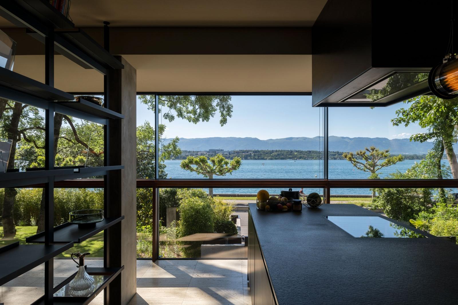 Depuis les pièces habitables vous pourrez profiter d'une vue dégagée sur la nature ou le jardin.